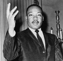 MARTIN LUTHER KING :ESA NEGRA SOMBRA DE TRAICIÓN